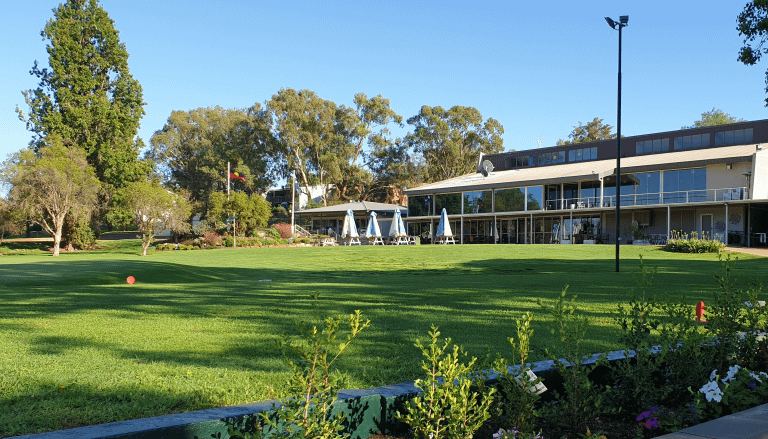 Grangewood Estate   Direct Access to Dubbo Golf Course